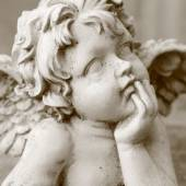 Old angelic face — Stock Photo