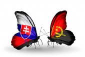 Butterflies with Slovakia and Angola flags — Stock fotografie