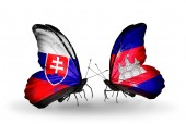 Butterflies with Slovakia and Cambodia flags — Stock fotografie