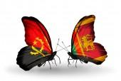 Borboletas com bandeiras de Angola e do Sri Lanka — Fotografia Stock