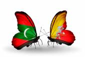 Butterflies with Maldives and  Bhutan flags — 图库照片