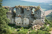 Ruins of the castle Gymes in summer — Stock Photo