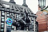 Boadicea statue and Portcullis house in London — Foto Stock
