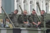 Başkan poroshenko.kiev, zafer geçidi — Stok fotoğraf