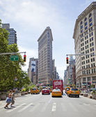 Flatiron building during the summer. — Stock Photo