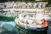 L'ESTARTIT, SPAIN - JULY 18: View of L'Estartit in Costa Brava o — Stock Photo