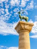 Rhodes Deer Statue — 图库照片