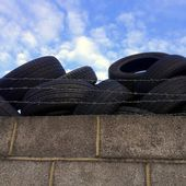 Discard Car Tyres — Stock Photo