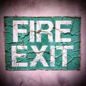 Grunge Fire Exit Sign — Stock Photo