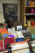 Antique Book Store — Stock Photo