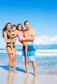 Happy Mixed Race Family on the Beach — Stockfoto