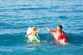 Father and Son Going Surfing — Stock Photo
