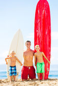 Father and Sons Going Surfing — Stock Photo