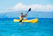 Man Kayaking in the Tropical Ocean — Stock Photo