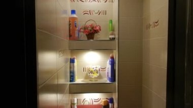 Dressing room and bathroom. — Stockvideo