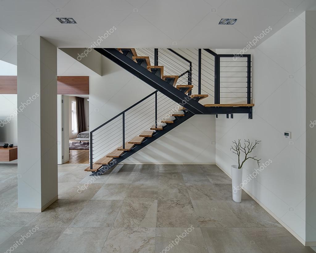 Hall med en trappa — stockfotografi © bezikus #104360258
