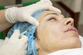 Cosmetic treatment with injection — Stockfoto