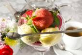 Refreshment sorbet with mint — Stock Photo
