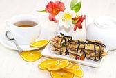 Tasty cookies and tea — Stock Photo