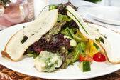 Salad with shrimp and arugula — Stock Photo
