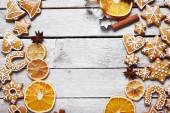 Christmas gingerbread cookies and dried orange — Stock Photo