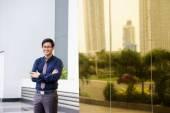 Portrait proud happy confident asian office worker — Foto de Stock