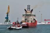 Vintern förtöjning fartyg. — Stockfoto