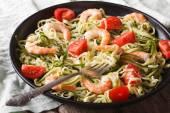 Low calorie zucchini pasta with shrimp macro horizontal — Stock Photo
