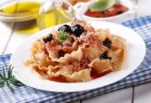 Italian Fusilli pasta with tuna — Stock Photo