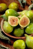 Green ripe figs — ストック写真