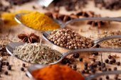 Assorted spices in spoon — Stock Photo