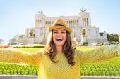 Happy young woman making selfie on piazza venezia in rome, italy — Stock Photo