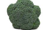 Broccoli isolated on white — Stockfoto
