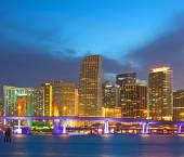 Miami florida usa, solnedgång och soluppgång över stadens silhuett av downtown — Stockfoto