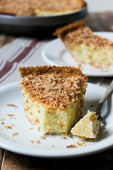 Coconut custard pie — Stock Photo