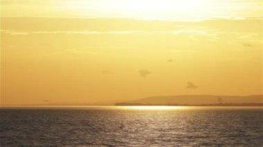 Sunset over Lake Balaton in Hungary — Vídeo de Stock