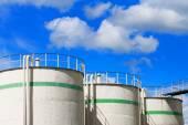 öl und gas-tanks — Stockfoto