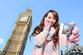 Happy woman travel in london — Stock Photo