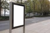 Cartellone vuoto su bus stop — Foto Stock
