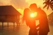 Romantic lovers in Maldives — Stock Photo