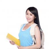 Estudante universitário sorrindo — Fotografia Stock