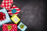 Christmas presents with chalk board — 图库照片