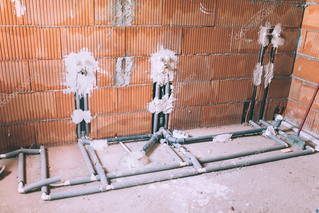 Costruzione di una casa e ristrutturando tubi e strumenti dell 39 impianto idraulico dettagli del - Costruzione di una casa ...