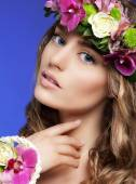 Gorgeous Woman with Bouquet of Colorful Flowers — Stock Photo