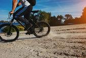 Muž na kole — Stock fotografie