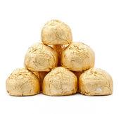 Chocolats dans une feuille d'or papper — Photo