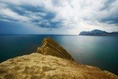 Rochas e o mar. — Fotografia Stock