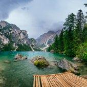 Mountain lake between by mountains — Stock Photo