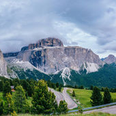 Beautiful views of the mountains in the Alps — Stock Photo