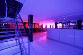 Intérieur club belle nuit européenne — Photo